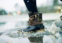 4 Reasons to Buy Good Quality Rainy Shoes